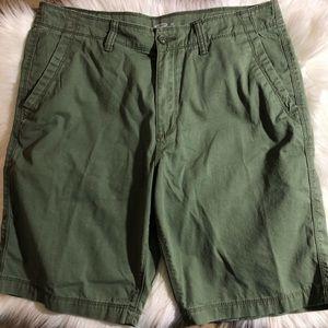 Old Navy Olive Green Men's Shorts Size 34